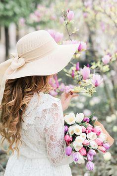 "princesspastelrose: ""Springtime in PARIS - source: http://claudiafagadar.com/all-white-in-paris/ """