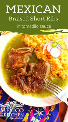 Braised Short Ribs in Tomatillo Sauce, this is a very versatile recipe because you can also use pork or chicken, as well as add vegetables like zucchini, green beans, or any other vegetable you have on hand. A delicious and elegant dish that's perfect for a nice dinner. #mexicandinner #mexicandinner #braisedribs #easydinner