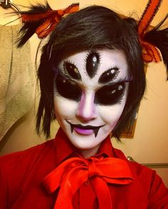 Yayyy! I did another Undertale makeup! This time i am the lovely Muffet  #undertale #undertalecosplay #undertalemakeup #undertalemuffet #undertalemuffetcosplay #undertalemuffetcosplaymakeup #makeup #cosplaymakeup #cosplay #sugarpillburningheartpalette #snazeroowatercolors