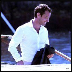 nothing like a white shirt!