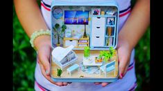 DIY MINIATURE IN A TIN BOX / HAPPINESS THEATER / Nanay Qhey Polly Pocket, Tin Boxes, Theater, To My Daughter, Diys, Miniatures, Happiness, Make It Yourself, Happy