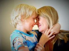 """Vernepleier Tone Myklebust skrev en tekst som heter """"Kjære ungen min"""" etter at sønnen fikk diagnosen Asperger syndrom."""