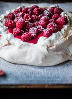 Fresh Raspberry Curd & Vanilla Whipped Cream Pavlova #recipe