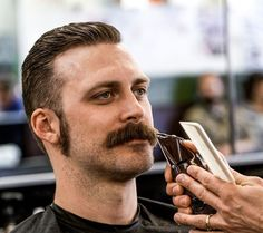 All men should have bushy mustaches. Beard No Mustache, Cool Mustaches, Moustaches, Mustache Styles, Male Pattern Baldness, Sideburns, Awesome Beards, Hairy Men, Hair