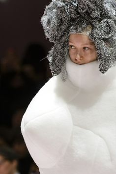 Comme des Garçons at Paris Fashion Week Fall 2017 - Details Runway Photos