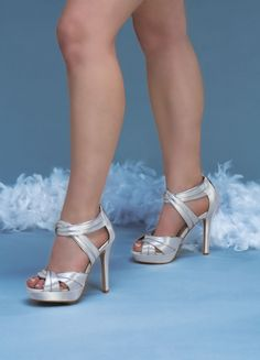 """Sexy white platforms with criss cross straps"" White Wedding Shoes, Purple Wedding, Dream Wedding, I Got Married, Fashion Heels, Platform Shoes, Celebrity Weddings, Beautiful Bride, Eye Candy"