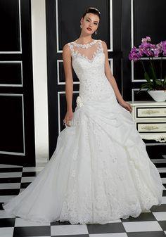47187b4b8d92 Chic Bateau Neck A line Lace   Organza Floor Length Sleeveless Wedding Dress