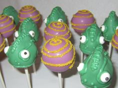 """possible party favors for the Rapunzel/""""Tangled"""" theme bday party! Tangled Wedding, Tangled Party, Disney Tangled, Rapunzel Birthday Party, 4th Birthday Parties, 3rd Birthday, Birthday Ideas, Disney Birthday, Disney Cake Pops"""