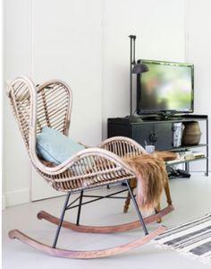 Rieten schommelstoel van Het Kabinet. #rockingchair #schommelstoel #rotan