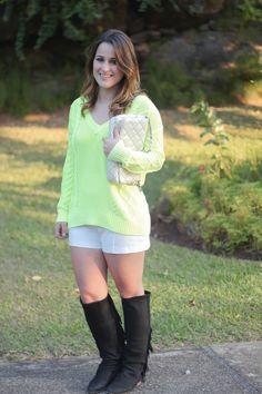 trico-fluo-short-branco-bota-preta-franjas-look-do-dia-drops-das-dez-5