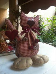 Cat Doorstop Felt Crafts, Fabric Crafts, Easy Crafts, Sewing Crafts, Softies, Diy Doorstop, Cats Diy, Sock Animals, Cute Pillows