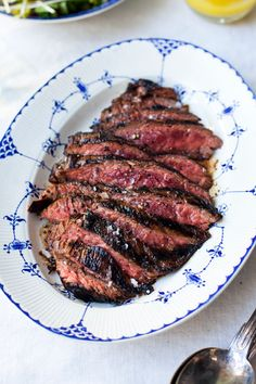 Weber Bbq Recipes, Meat Recipes, Cooking Recipes, Barbacoa, Big Green Egg Bbq, Big Steak, Bbq Meat, Food For Thought, Kids Meals