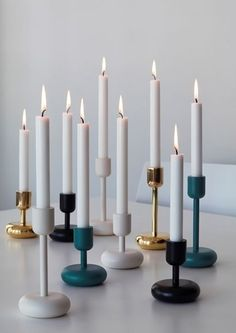 Inspired by a table after visiting the Nuutajarvi glass museum, Matti Klenell created the Nappula Candlestick collection. Available in two sizes and in a range of colours, the Nappula looks great on its own or can be bundled together with other colours to create different levels of height and light.