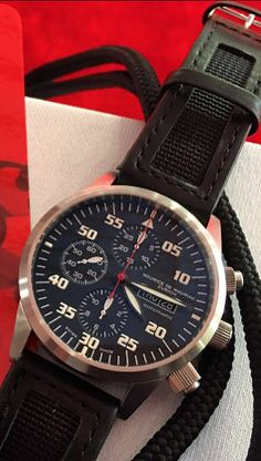 Maurice de Mauriac watch with black Nato Strap integrated into a leather Strap.