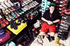 Raih Jutaan Dollar dari Bisnis Sepatu