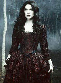 "Janet Montgomery as Mary Sibley in ""Salem"""