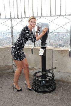 Heidi Klum lights the Empire State Building red!