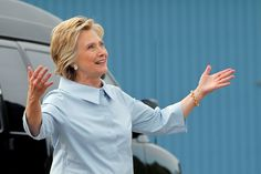 Hillary Clinton Crushes Trump's Dr. Oz Stunt By Releasing Detailed Medical Info