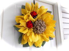 Sunflower wreath/ladybug wreath by OllasCreations on Etsy Sunflower Burlap Wreaths, Burlap Flowers, Floral Wreaths, Wreath Crafts, Diy Wreath, Wreath Burlap, Tulle Wreath, Easter Wreaths, Holiday Wreaths