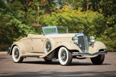 Chrysler CL Imperial Convertible Roadster sells for $704,000 in Hershey | Hemmings Daily