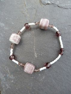 Mauve & White Cube Stretch Bracelet by Sleepycraftygirl on Etsy, £3.00