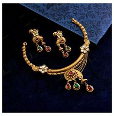 Gold Temple Jewellery, Mens Gold Jewelry, Gold Jewelry Simple, Tikka Jewelry, India Jewelry, Bridal Jewelry, Diamond Jewelry, Gold Mangalsutra Designs, Gold Earrings Designs