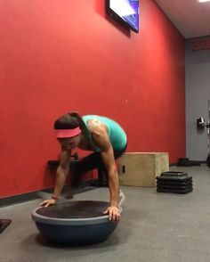 "1,907 Me gusta, 56 comentarios - Alexia Clark (@alexia_clark) en Instagram: ""Butt kickin' BOSU ball circuit! Hope you're ready to get sweaty! This full body circuit is awesome!…"""