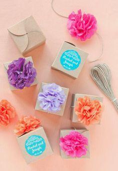 Pom Pom Favor Boxes-13 Creative DIY Wedding Favors