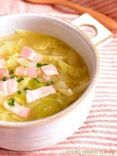 恐ろしく簡単なキャベツとベーコンのスープ