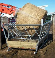 Big Bale Feeder For Small Calves and Full Size Cattle