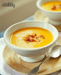 Take butternut squash soup up a notch with the addition of flavourful bacon. Ready in less than hour, this easy, seasonal soup is one you'll look forward to savouring this fall. Tap or click photo for this Butternut Squash Soup with Crispy Bacon Crispy Bacon Recipe, Bacon Recipes, Soup Recipes, Cooking Recipes, Healthy Recipes, What's Cooking, Easy Recipes, Butternut Squash Soup, Recipes