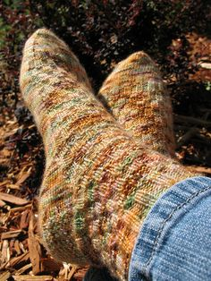 The Weasley's Homestead By Erica Lueder Materials Yarn: Fingering Weight - approx Sample sock knit with Fresh From the. Knitting Patterns Free, Knit Patterns, Free Knitting, Knitting Socks, Stitch Patterns, Knitting Ideas, Free Pattern, Crochet Socks, Knitted Hats