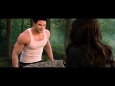 """THE TWILIGHT SAGA: BREAKING DAWN PART 2 - Clip """"Strongest in the House"""""""