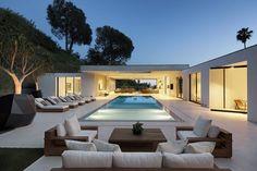 Modern Home by DIJ Group