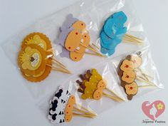 Topper tema safari, ideal para docinhos, cupcakes, decoração, etc. Confeccionadas em papel scrap 180gr.