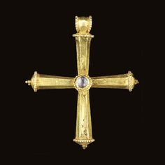 A BYZANTINE GOLD AND SAPPHIRE PENDANT CROSS CIRCA 5TH-7TH CENTURY A.D.