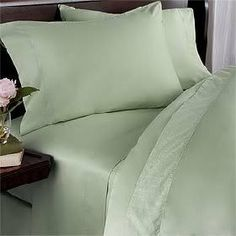 600 Thread Count Queen Siberian Goose Down Alternative Comforter [600FP, 50oz] with 100% Egyptian Cotton Plain - Solid Damask Cover - Green (Sage) Set Includes Bed Duvet Cover Sheet with TWO Shams (Pillowcases) made of 600 Thread Count 100% Long Staple Egyptian Giza Cotton with Swiss Sateen Finishing by Prime Linens. $224.99. White comforter enclosed in Green (Sage) Plain - Solid Queen Size 600 Thread Count Egyptian cotton Duvet cover.. Queen Duvet cover measu...