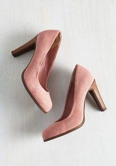 Keyboard Heel. These suede pumps by Seychelles will really strike a chord with fellow stylistas! #pink #modcloth