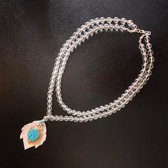 Voilà le collier sur mesure terminé 😍 avec @valentinasalonna #bijouxdecreateur #unique #faitmain #avecamour #quartz #turquoise #collier #lithotherapie #crystalhealing #surmesure Turquoise, Photo And Video, Chain, Unique, Instagram, Jewelry, Jewelry Designer, Necklaces, Jewellery Making
