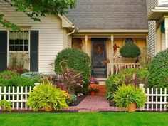 Update your home's curb appeal for fall with these easy tips >> http://blog.diynetwork.com/maderemade/2015/09/11/fall-curb-appeal-decorating-inspiraiton/?soc=pinterest