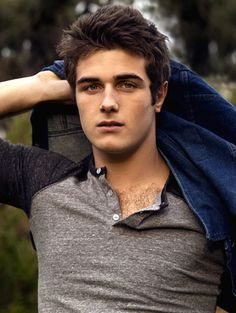 Beau Mirchoff is so cute as Matty Mckibben in MTV series Awkward