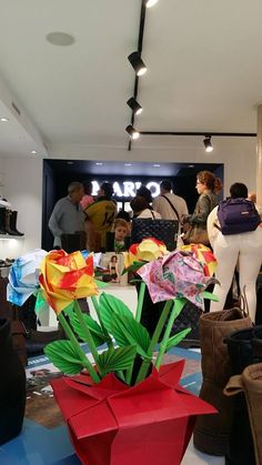 El pasado viernes inauguramos nuestra nueva tienda en Granollers... . ¡Pásate! C/ Anselm Clavé, 22 — en Granollers Centro.   #inauguraciónmarlos   #newtrends   #calzadodemoda   #calzadomujer   #calzadohombre   #calzadoniños   #complementosdemoda   #bolsos   #shoes   #fashionshoes