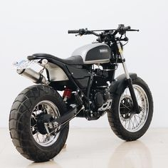 #moto #build #karion #hyosung #motorcycle #custom #scrambler #brat #steel #work #dirt #urban #urbanenduro #street #style #white #black…