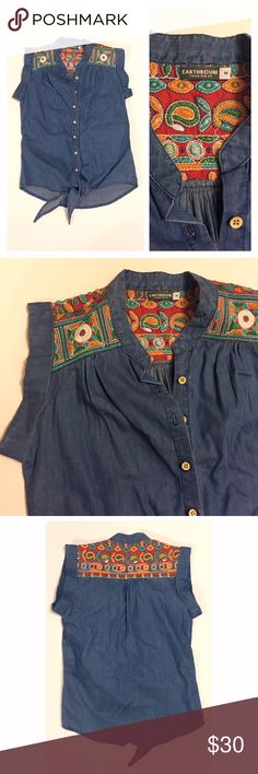 Earthbound embroidered denim top Absolutely gorgeous embroidery and cuffed shoulders. Made to tie on the bottom. In very good condition. Bundle and save ❤️ Earthbound Tops Button Down Shirts