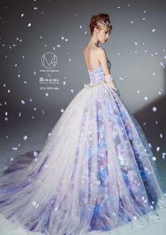 Dress 鏡頭以外的蜷川實花:聯乘KURAUDIA推出M / mika ninagawa婚紗系列 | Bridal Fashion | Groom | 男士禮服 | 時尚新娘 | 囍結 TieTheKnots.HK | Wedding