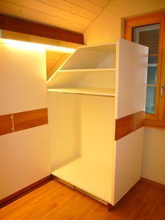 Un rangement sur mesure sous l 39 escalier mobiles and stairs - Rangement sous escalier coulissant ...