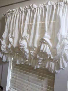 Innovative yet simple curtain design. Love it. | home decor ...