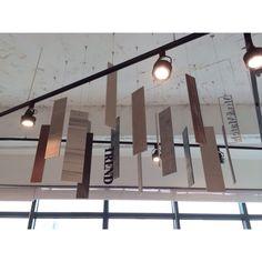 Tile Mobil ♥ 타일을 컷팅하여 타일모빌을 만들어보았어요~ #tile #tiles #sangahtile #interior #design #interiordesign #deco #bathroom #space #stone #pallet #natural #modern #타일 #욕실 #인테리어 #디자인 #상아타일 #빠렛트 #세면대 #내추럴 #홈디자인 #전시장
