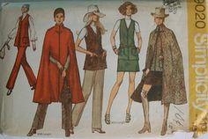 SIMPLICITY Vintage 70s Sewing Pattern #9020 Cape & Trendy Long Vest Mini Skirt 8
