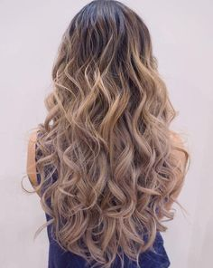 #curly #blonde #summer style